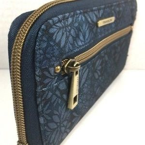 Travelon Blue Print Fabric Zip Around Wallet